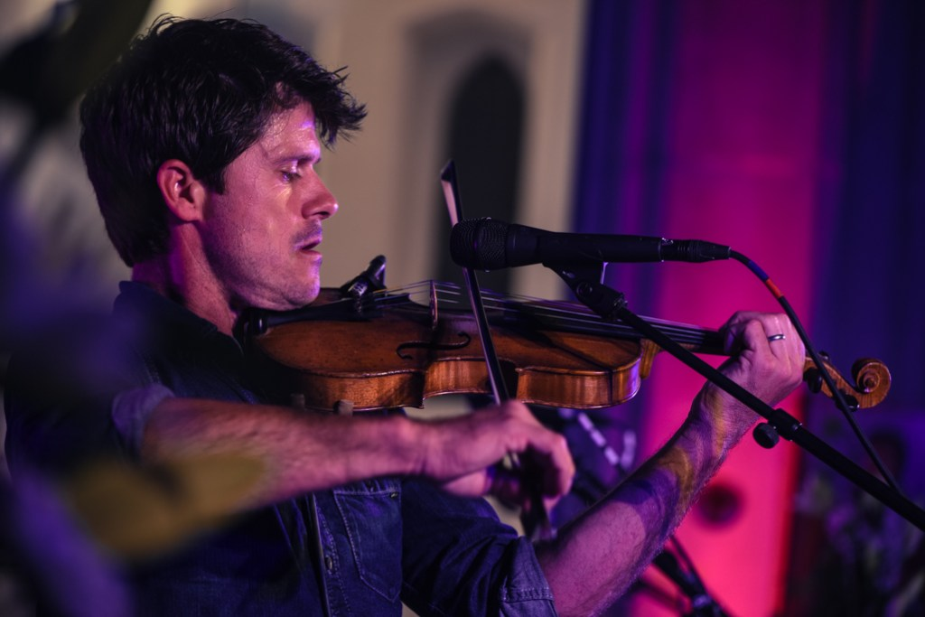 new-seth-lakeman-photography-violin-3