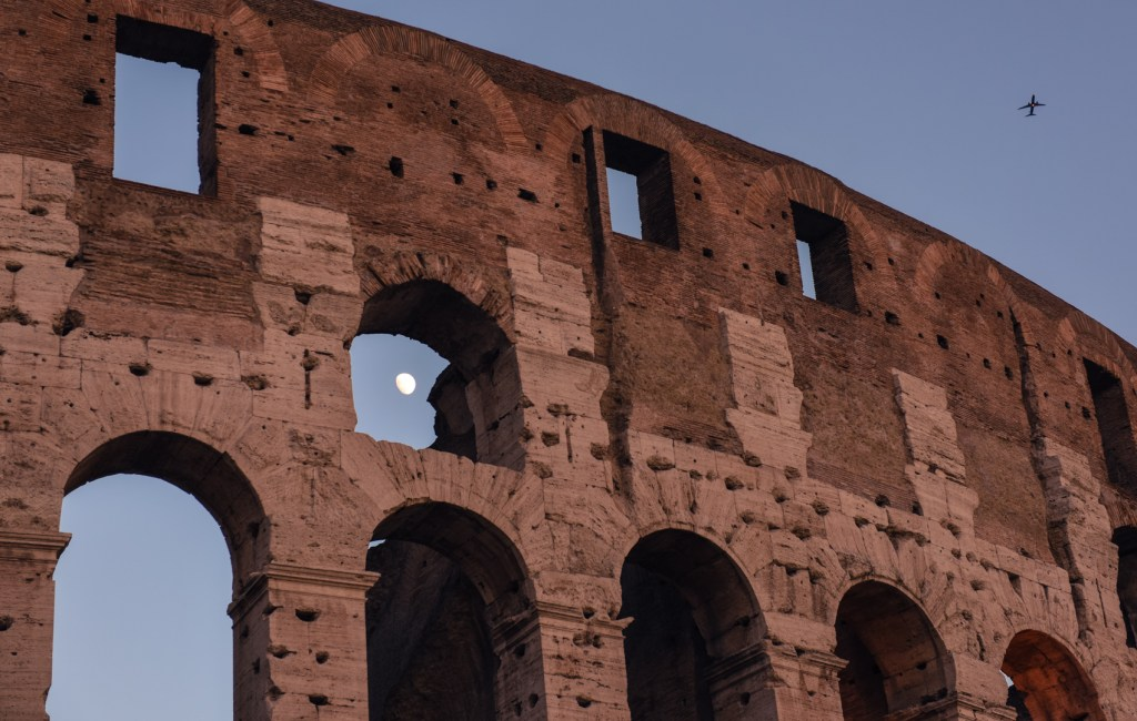new-rome-colosseum-photography-2