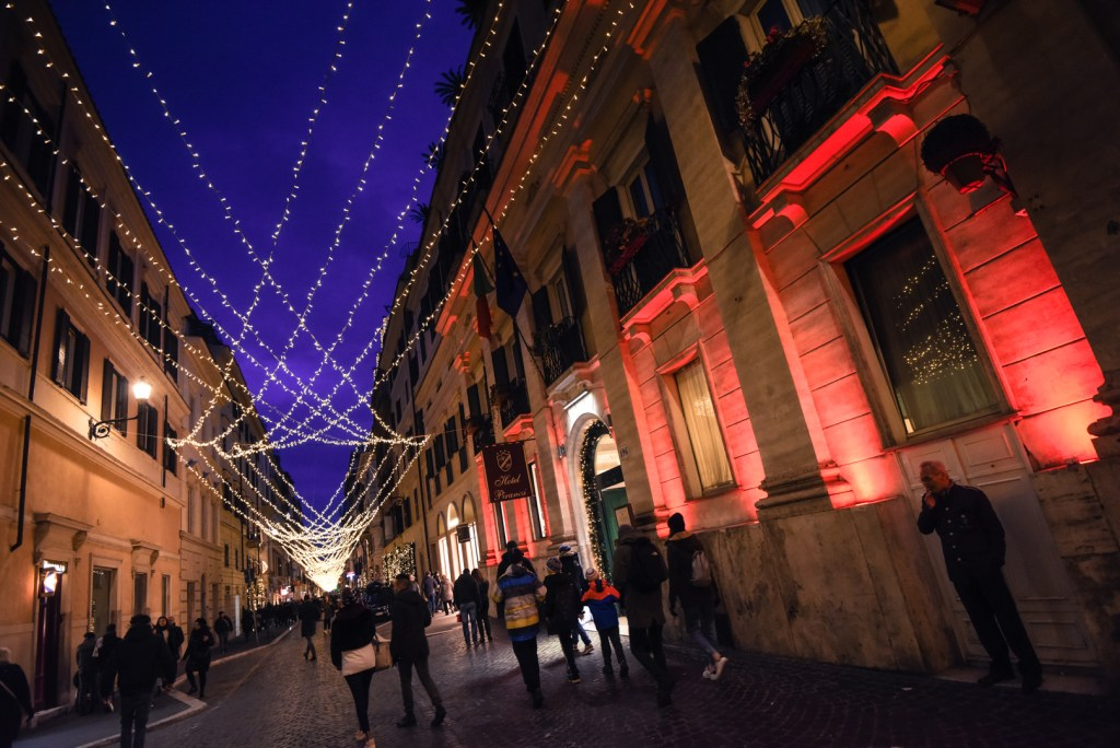 new-rome-street-xmas-photography