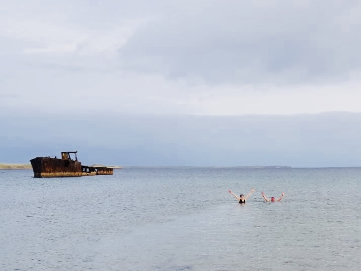 Scottish Swimmer wild swimming at Inganess Bay Orkney
