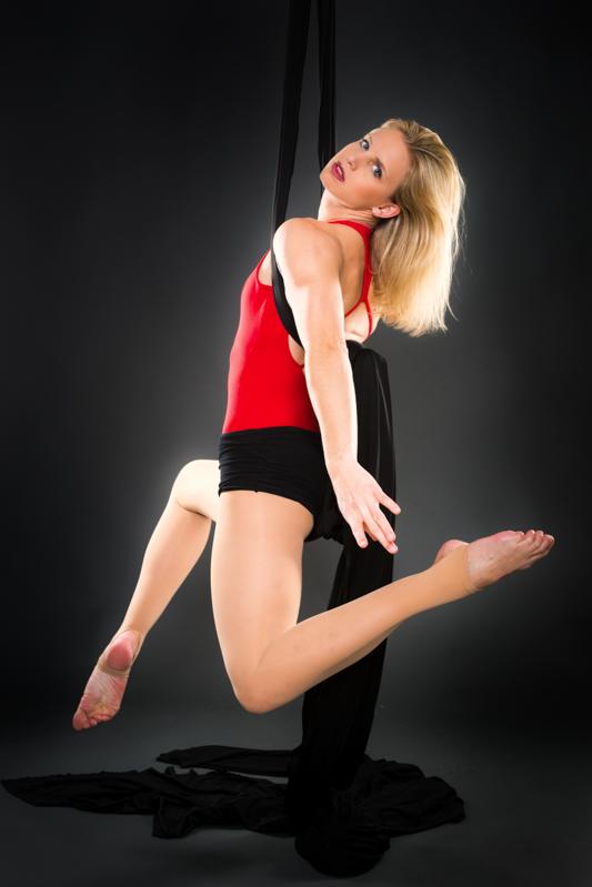 acrobatics_small-118