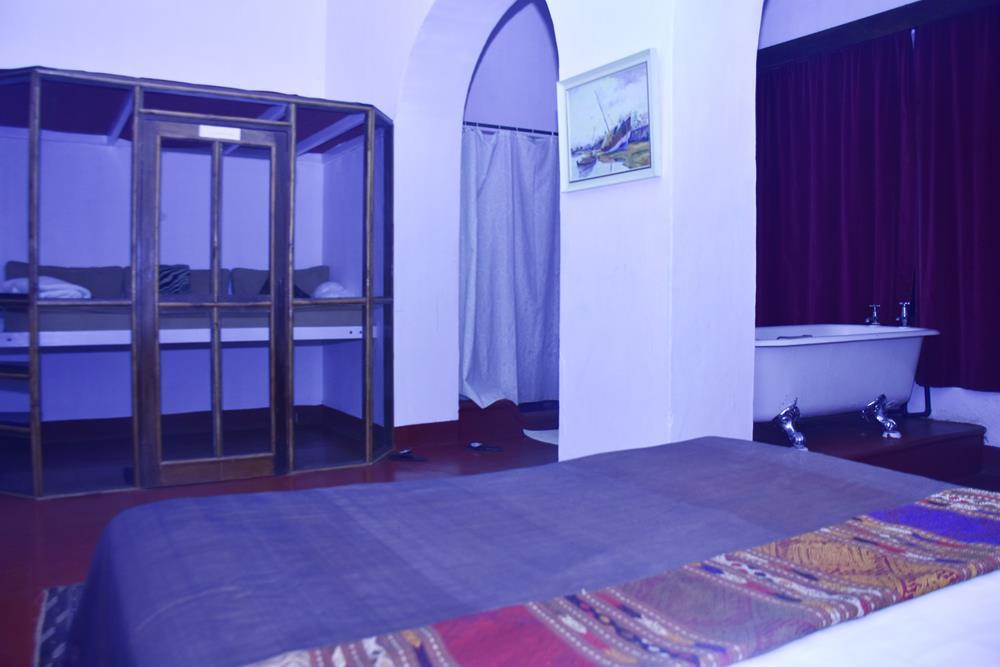 Grogan's_room