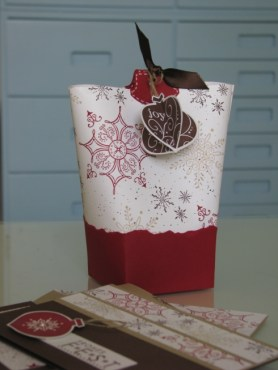 Verpackungen und Geschenke (59)