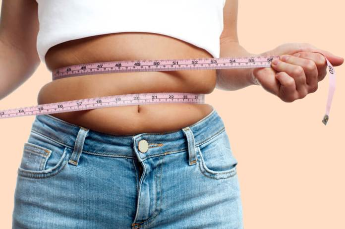4 lugares extraños donde se acumula la grasa a partir de los 40