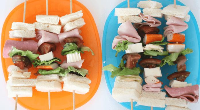 Brochetas de sandwich para niños