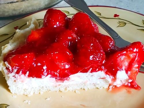 Strawberry Pie With Cream Cheese Recipe - Best Strawberry Pie Ever!