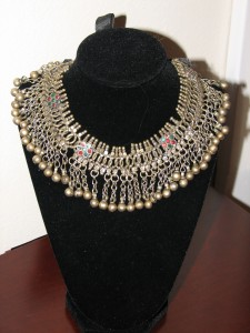 Collar-style Necklace