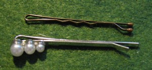 Comparing decorative and functional hairpins