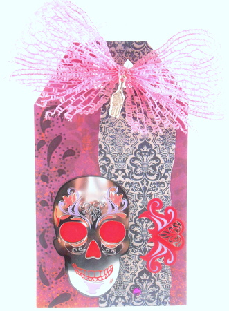 Staring Skull tag made from Gauche Alchemy's Dia de los Muertos kit