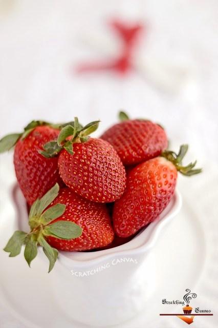 Skinny Strawberry Mousse (Vegan)