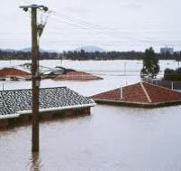 houses under water in brisbane floods