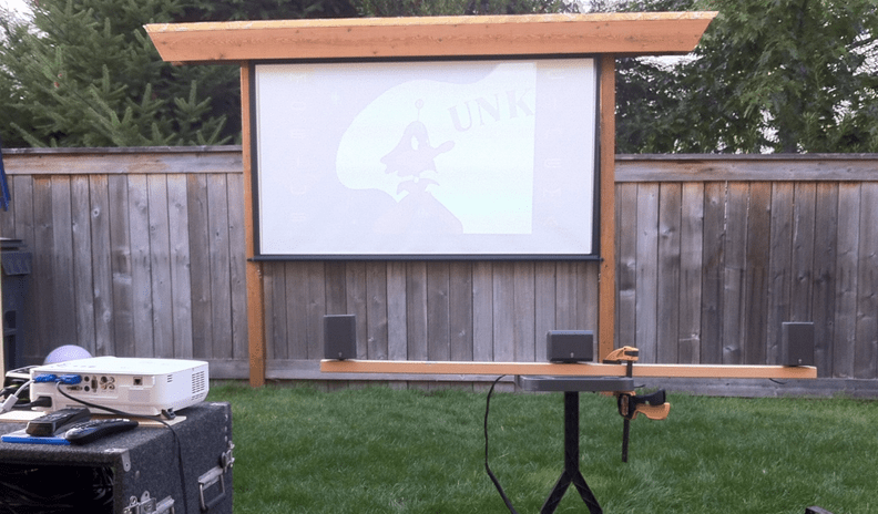 How To Use A Projector Outside During Daytime
