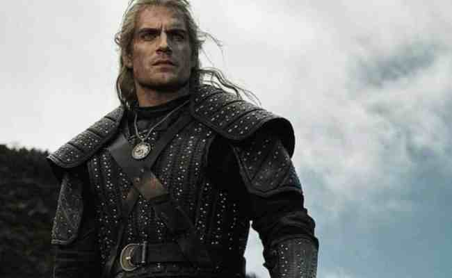 The Witcher Netflix Reveals Henry Cavill As Geralt And