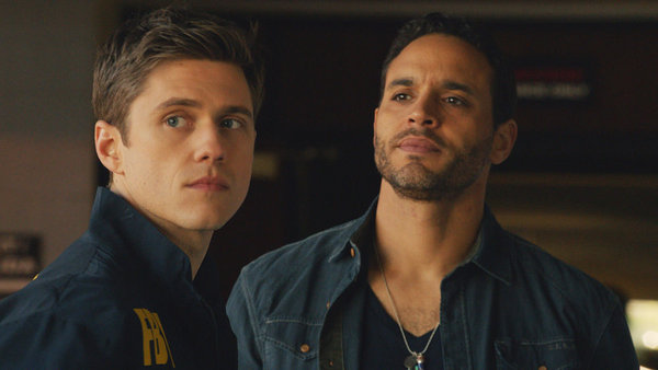 (l-r) Aaron Tveit and Daniel Sunjata in USA's Graceland. Image © USA