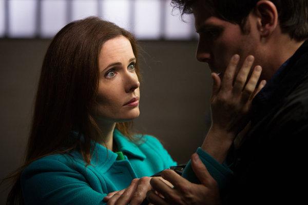 Bitsie Tulloch as Juliette Silverton, David Giuntoli as Nick Burkhardt -- (Photo by: Scott Green/NBC)