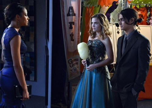Pictured (L-R): Kylie Bunbury, Maddie Hasson, Avan Jogia -- Photo by: ABC Family/Eric McCandless