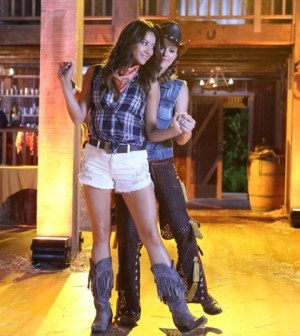 (ABC FAMILY/Adam Taylor) SHAY MITCHELL, LINDSEY SHAW
