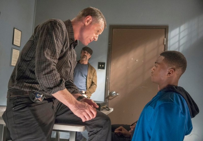 Pictured: (l-r) Jason Beghe as Hank Voight, Elias Koteas as Alvin Olinsky, Justin Cornwell as James Grant -- (Photo by: Matt Dinerstein/NBC)