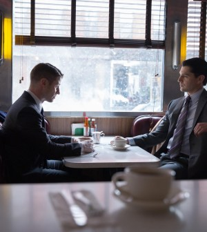 Gordon (Ben McKenzie, L) meets with Harvey Dent (guest star Nicholas D'Agosto, R). Co.  Cr:  Jessica Miglio/FOX
