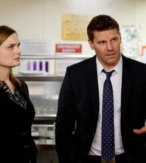 Brennan (Emily Dechanel, L) and Booth (David Boreanaz, C) |  Co. Cr: Jennifer Clasen/FOX