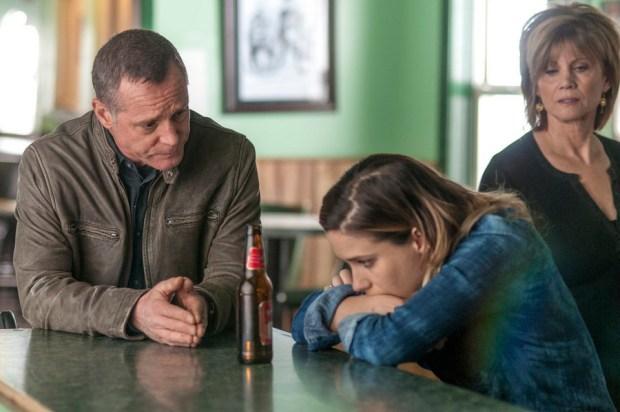 Pictured: (l-r) Jason Beghe as Hank Voight, Sophia Bush as Erin Lindsay, Markie Post as Bunny Fletcher -- (Photo by: Matt Dinerstein/NBC)