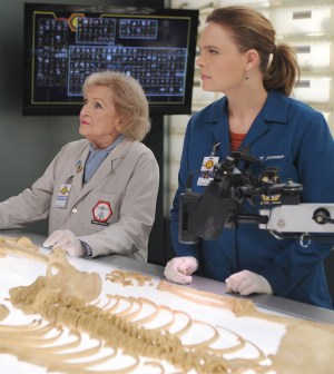 BONES:  L-R:  Guest star Betty White and Emily Deschanel.  ©2015 Fox Broadcasting Co.  Cr: