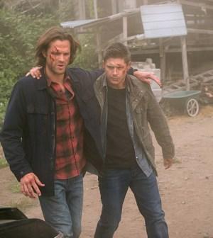 Pictured (L-R): Jared Padalecki as Sam and Jensen Ackles as Dean -- Photo: Diyah Pera /The CW