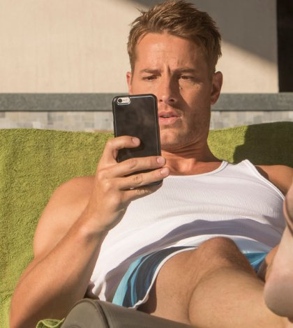 THIS IS US -- Pictured: Justin Hartley as Kevin -- (Photo by: Ron Batzdorff/NBC)