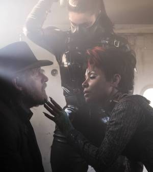 GOTHAM: L-R: Donal Logue and guest star Jada Pinkett Smith |  Co. Cr: Jeff Neumann/FOX.