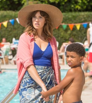 Pictured: (l-r) Mandy Moore as Rebecca, Lonnie Chavis as 8 year old Randall -- (Photo by: Ron Batzdorff/NBC)