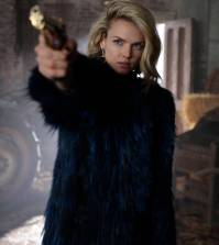 "GOTHAM: Erin Richards in the ""Mad City: Time Bomb"" episode of GOTHAM 