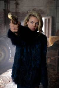 """GOTHAM: Erin Richards in the """"Mad City: Time Bomb"""" episode of GOTHAM   Cr: FOX."""