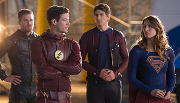 Pictured (L-R): Stephen Amell as Oliver Queen, Grant Gustin as Barry Allen, Brandon Routh as Ray Palmer/Atom and Melissa Benoist as Kara/Supergirl -- Photo: Diyah Pera/The CW -