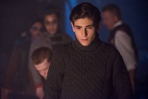 "GOTHAM: David Mazouz in the ""Mad City: The Gentle Art of Making Enemies"" winter finale episode of GOTHAM 