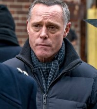 "CHICAGO P.D. -- ""Emotional Proximity"" Episode 417 -- Pictured: Jason Beghe as Hank Voight -- (Photo by: Matt Dinerstein/NBC)"