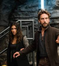 """SLEEPY HOLLOW: L-R: Janina Gavankar and Tom Mison in the """"Blood From A Stone"""" episode of SLEEPY HOLLOW 