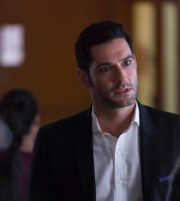 Tom Ellis as Lucifer. Cr: Michael Courtney/FOX.