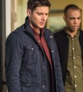 """Supernatural """"Twigs and Twine and Tasha Banes"""" -- Pictured (L-R): Jensen Ackles as Dean and Kendrick Samson as Max Banes -- Photo: Dean Buscher/The CW"""