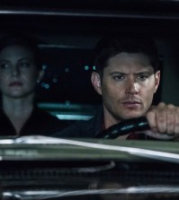 "Supernatural --""There's Something About Mary"" -- SN1221b_0059.jpg -- Pictured (L-R): Elizabeth Blackmore as Toni Bevell and Jensen Ackles as Dean -- Photo: Jack Rowand/The CW -- © 2017 The CW Network, LLC. All Rights Reserved"