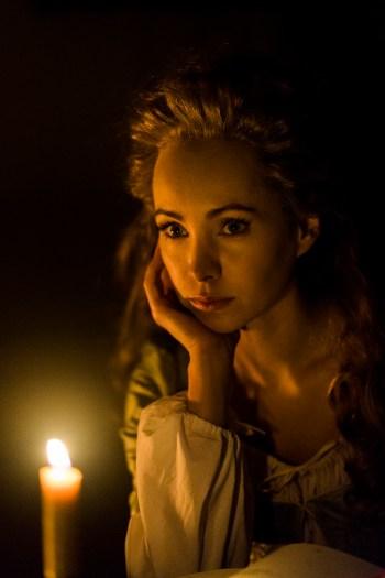 Ksenia Solo as Peggy Shippen -- Season 4, Episode 1 - Photo Credit: Antony Platt/AMC