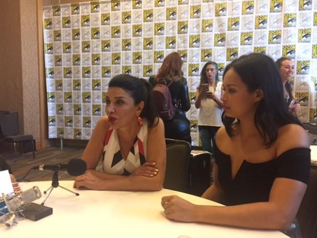 Shohreh Aghdashloo and Frankie Adams at San Diego Comic Con 2017   Photo credit Pauline Perenack/ScreenSpy Magazine