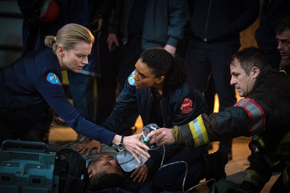 """NUP 186464 0060 - Chicago Fire (S07E19) """"Until The Weather Breaks"""""""
