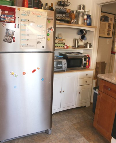 700 Sq Ft Family Of 5 The Little Kitchen And Laundry Area That Could