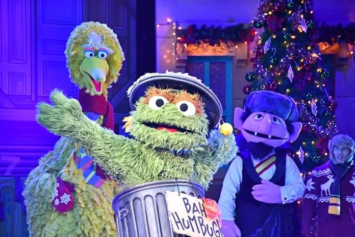 Oscar's Grouchmas Show