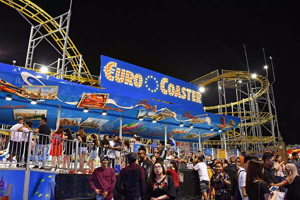 Prudential Marina Bay Carnival 2017 Euro Coaster