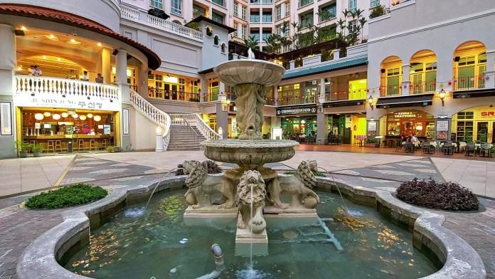 Robertson Walk Fountain.