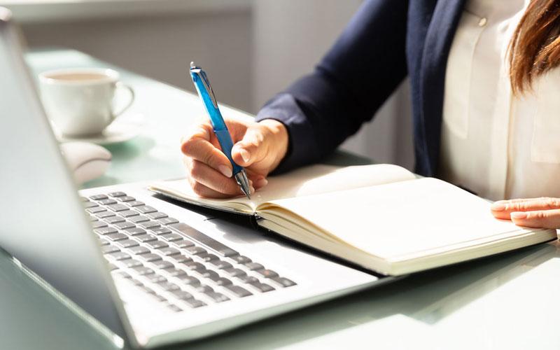 3 Perbedaan Content Writer dan Copywriter - Scribesworld - Informasi  Tentang penulis Buku/Konten Kreator