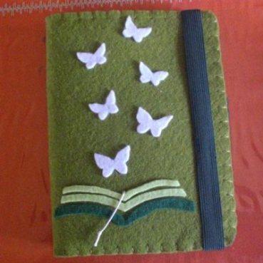 Variante della custodia con farfalle.