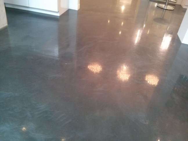 Polished Concrete Floor Scrub and Recoat in Wayzata MN