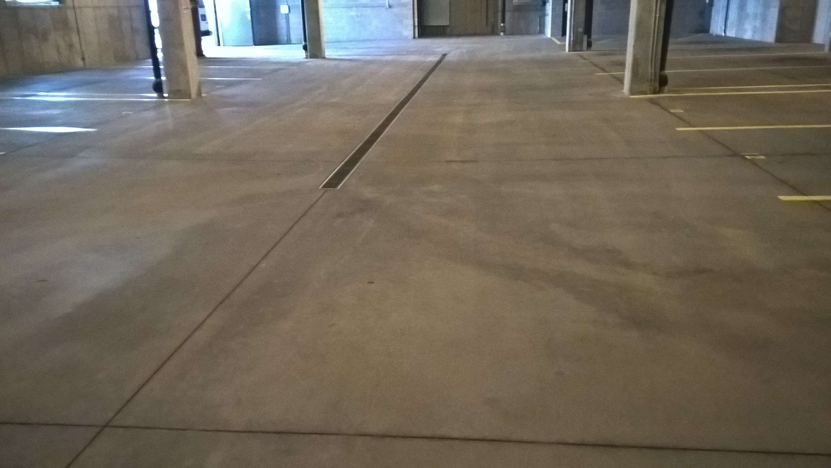 Parking garage concrete floor cleaning service in minneapolis for Scrubbing concrete floors